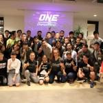 【ONE】ミーシャ・テイト、V.V Mei &三浦彩佳が、初心に戻ったようなファン参加型イベントを開催