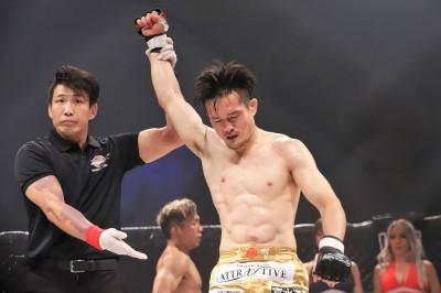 【HEAT45】試合結果 春日井たけし&キム・ギョンピョがバンタム級&ライト級新チャンピオンに