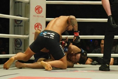 【ONE97】松嶋こよみ、初の王座挑戦はマーチン・ウェンの前に2RTKO負けに終わる
