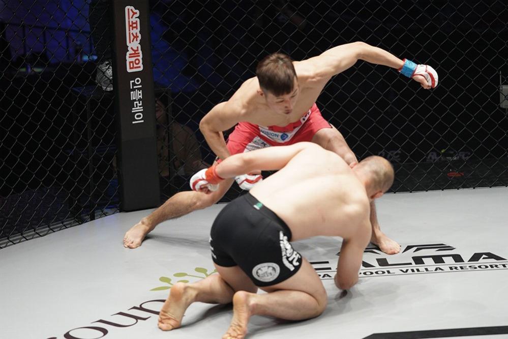 Road FC56】ヤングガンズのメインで山本聖悟が圧勝、新たなキャリアの一歩を記す | MMAPLANET