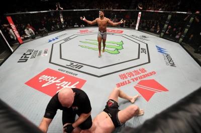 【UFC ESPN07】無敗のKOマシーン=ホーゼンストライク戦を前にアリスター、「4連勝すれば良いだろう?」