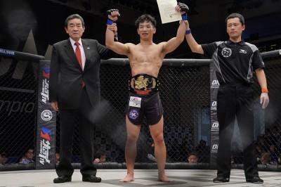 【Shooto2020#01】仲山貴志、手数&精度で上回りTOMAを下して新チャンピオンに
