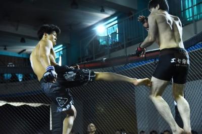 【NEXUS19】レポート─03─山本空良、須貝秋彦が準々決勝へ。組み技戦=渡部修斗はマジカルチョークで一本