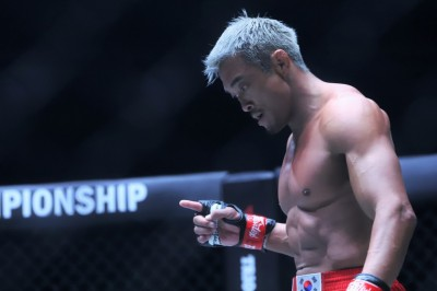 【ONE109】右腕一本でモハメドをKO──秋山成勲「できることをやり切る、それが一番大切でした」