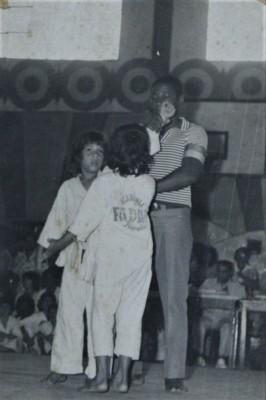 1974年にヴィラダペーニャのジナーシオ・AAフレンソで行われたカンペオナート・スブービオで優勝した──10歳の時のジュリオ・セザー