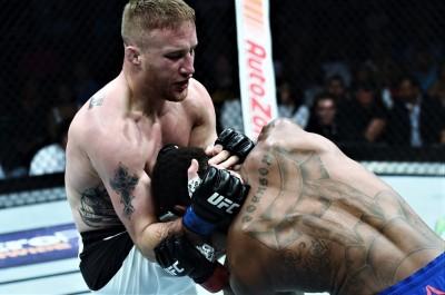 【UFC249】王座決定戦へ、ジャスティン・ゲイジー「肘で鼻を壊してもらいUFCに手術代を払ってもらう」