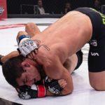 【UAEW11】マルコ・パウロ・コスタ、がっつり肩固めを極めてワヒッドからタップ奪う