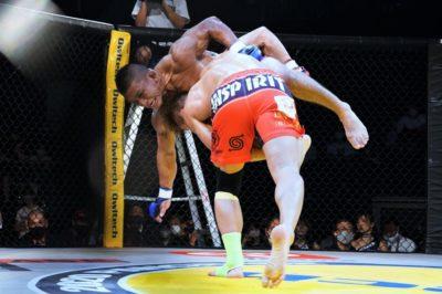 【Pancrase316】アキラ、崩せず。TDを切り、逆にTDを決めたISAOが見事な合気MMAで完全勝利
