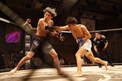 【Shooto2020#05】元チャンプ黒澤亮平、右ストレート一閃──24秒で木内をKO