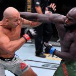 【UFC252】慎重に戦い続けたドスサントスだが、ホーゼンストライクに殴られると反応できず……
