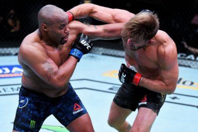【UFC252】スタイプ・ミオシッチがダニエル・コーミエーから判定勝ちで、ヘビー級王座防衛