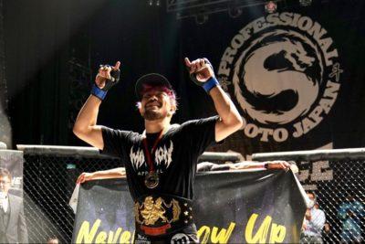 【Shooto2020#06】左フック、跳びヒザ、スラム&パウンドアウト。SASUKEが新環太平洋フェザー級王者に