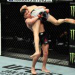 【UFC ESPN20】変幻自在の無限ループ、最後はスラム→マウント→肩固めでシモンがピヘロから一本勝ち