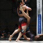 【Shooto2021#03】澤田龍人の妹・千優がTDを奪うも小生由紀が下から十字・三角絞めを狙い続けドロー
