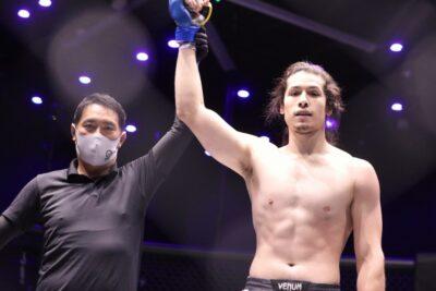 【EXFIGHT01】ヘビー級戦は古谷宗太郎のTDを防いだ三上ヘンリー大智が右ストレートでマットに沈める
