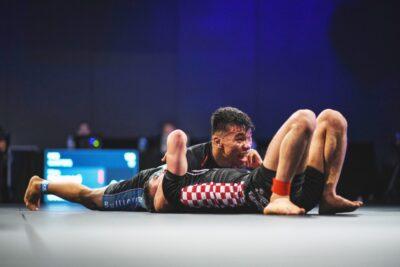 【WNO Championships】レポート─02─ライト級この一番。マイキーがファンダメンタル柔術でソウザに下る