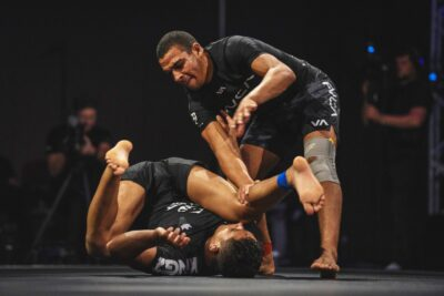 【WNO Championships】─06─兄弟で2階級制覇、ミドル級優勝はタイ・ルオトロ。カウチ、涙の3位