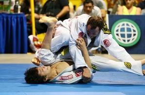 Joao Miyao vs  Eduardo Telles