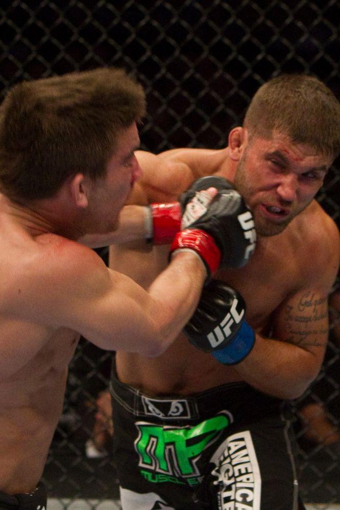 UFC113】スティーブンス、ポイン...