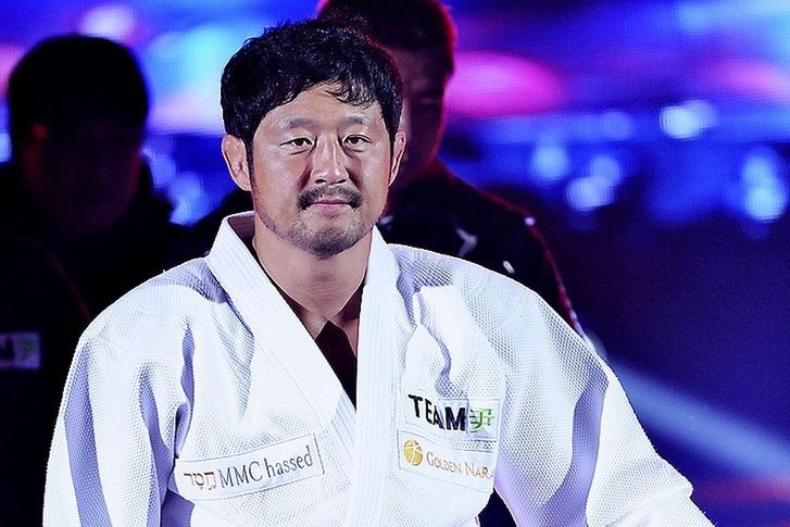 Yoon Dong-Sik