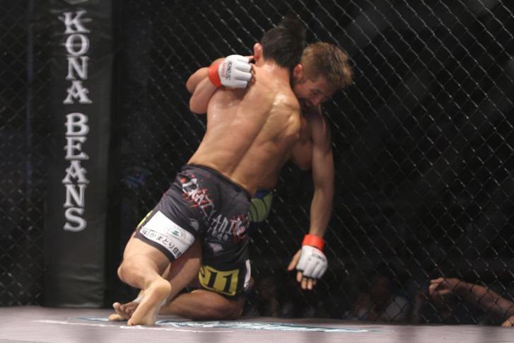 Kwon Bae Yong vs Michihiro Omigawa