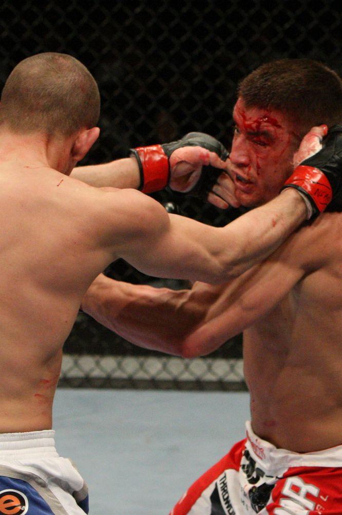 UFC108】スタウトが打撃で兄ロー...