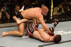 ufc87_10_st-pierre_vs_fitch_033