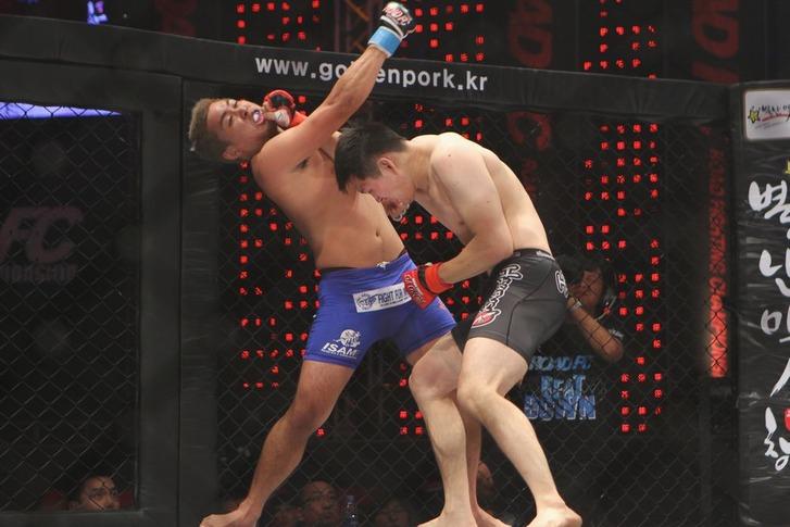 Lee Young Jae vs Kim Won Gi