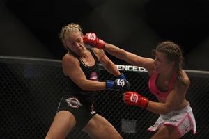 NO UFC#03 Miesha Tate vs Julie Kedzie