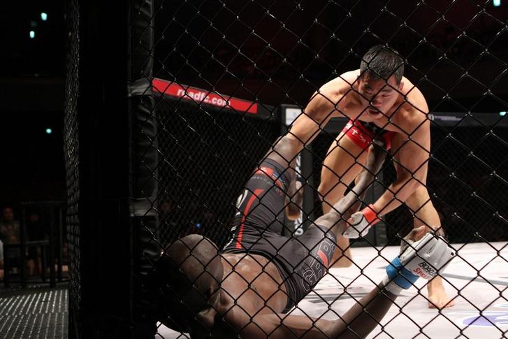 ASIA#02  Namu Yui Chul vs Vuyisile Colossa
