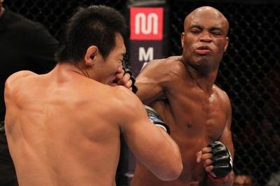 Okami vs Anderson in UFC Rio